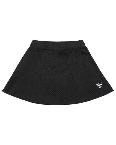 Till tjej från Hummel Fashion, en svart kjol.