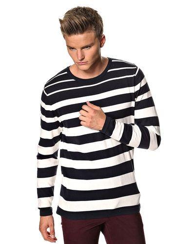 Jack & Jones Jack & Jones 'Axel' stickad tröja. Huvudbonader håller hög kvalitet.