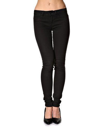 Jacqueline De Yong jeans Jacqueline de Yong blandade jeans till dam.