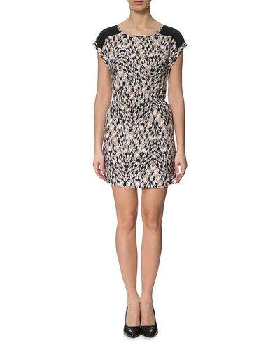JACQUELINE de YONG klänning Jacqueline de Yong studentklänning till tjejer.