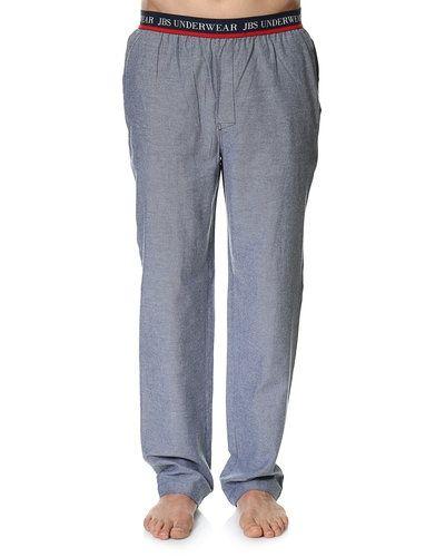 Till herr från JBS, en grå pyjamas.