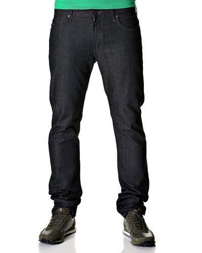 Till herr från J.LINDEBERG, en grå jeans.