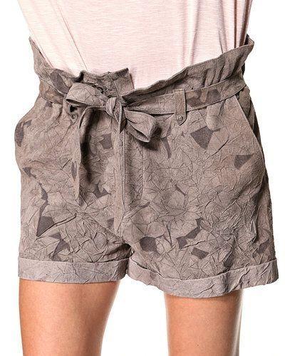 Jofama shorts till dam.