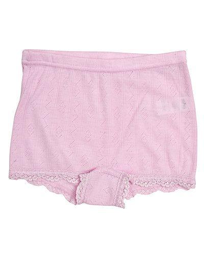 Till barn från Joha, en rosa underklädesplagg.