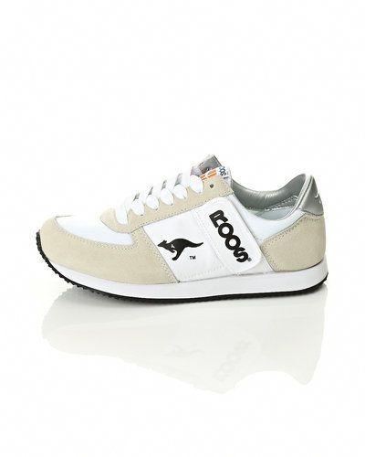Vit sneakers från KangaROOS till dam.