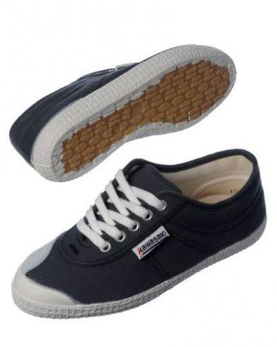 Kawasaki sneakers till dam.