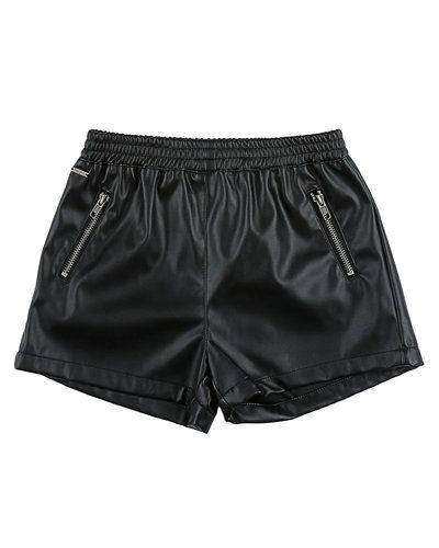 Koin 'Fake leather' shorts Koin läderbyxa till tjej.
