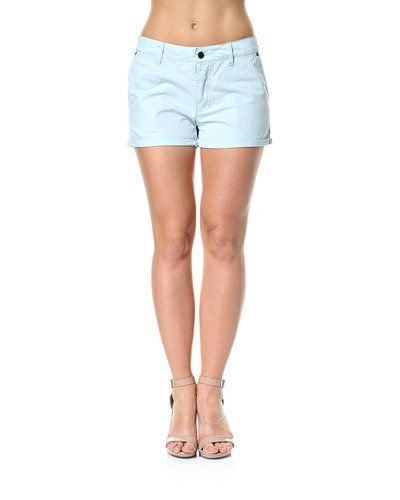 Minimum shorts Minimum shorts till dam.