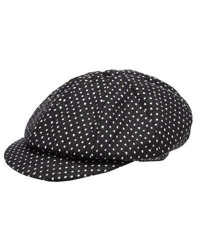 Till dam från MJM, en svart hatt.