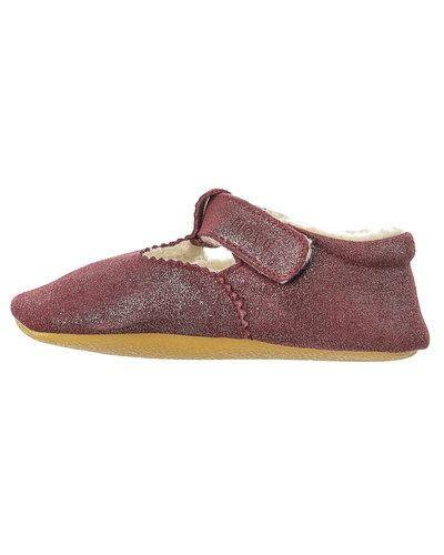 Till dam från Move by Melton, en lila sko.