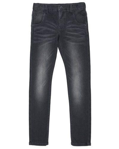 Grå blandade jeans från Name it till barn.