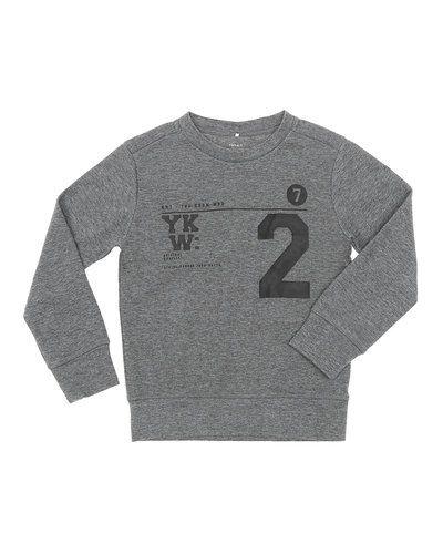 Sweatshirts från Name it till barn.
