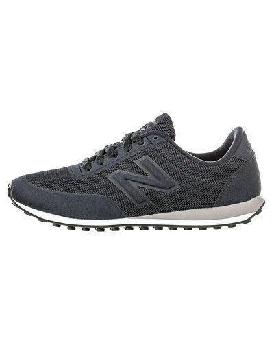 New Balance sneakers New Balance sneakers till dam.