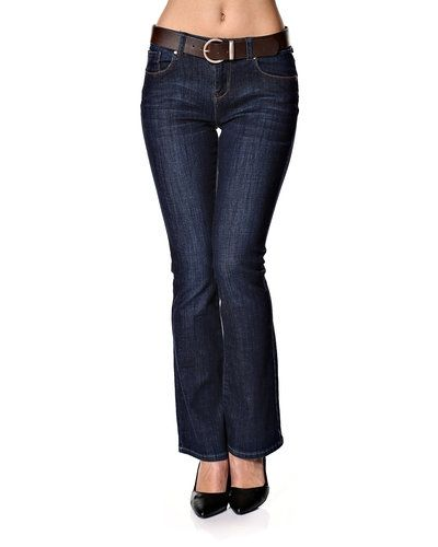 Till dam från New Look, en blå blandade jeans.