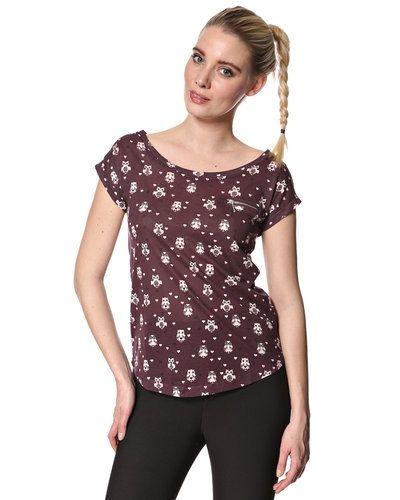 Till dam från New Look, en röd t-shirts.