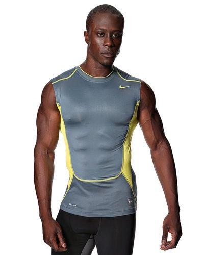 Nike Nike HyperCool Compression Tanktopp. Traning håller hög kvalitet.