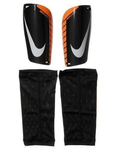 Nike Mercurial Lite benskydd från Nike, Fotbollsbenskydd