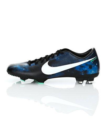 Nike Nike Mercurial Victory IV CR FG fotbollsskor. Fotbollsskorna håller hög kvalitet.
