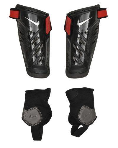 Nike Nike Protegga Shield Benskydd. Traning-ovrigt håller hög kvalitet.