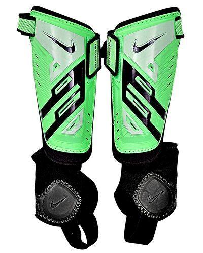 Nike Protegga Shield benstöd, junior från Nike, Fotbollsbenskydd