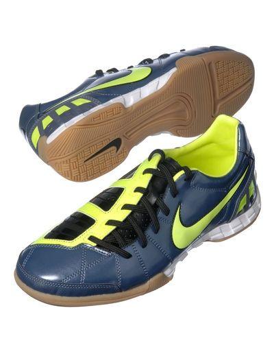 Nike Nike T90 Shoot III IC. Fotbollsskorna håller hög kvalitet. 779780227b91d