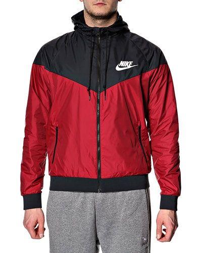 Nike Nike vindjacka. Traning-ovrigt håller hög kvalitet.