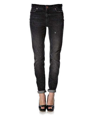 Till dam från Noisy May, en blå blandade jeans.