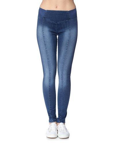 Noisy May Noisy may' jeans