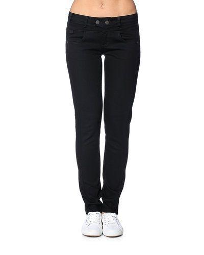Svart jeans från Object till dam.