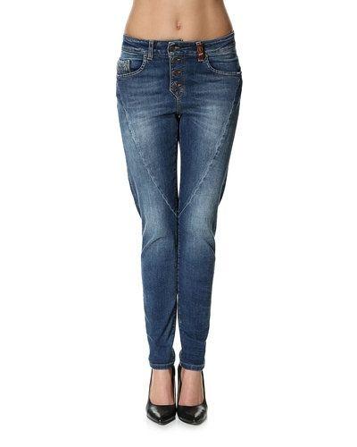 Jeans från Object till dam.
