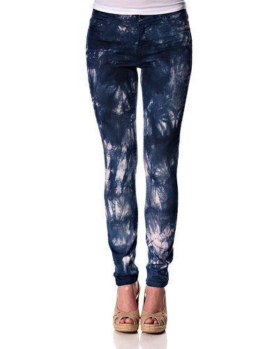 ONLY batik jeans ONLY jeans till dam.