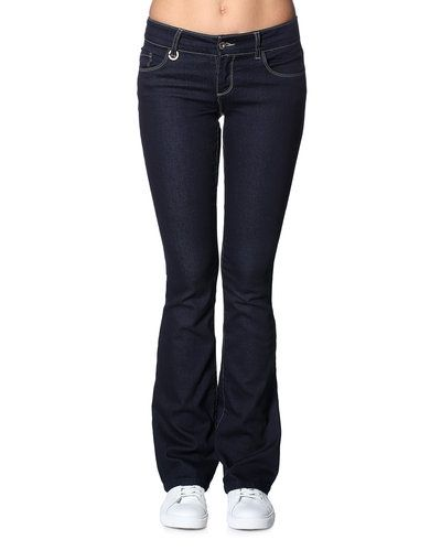 ONLY jeans till dam.