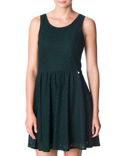 Grön miniklänning från ONLY till dam.