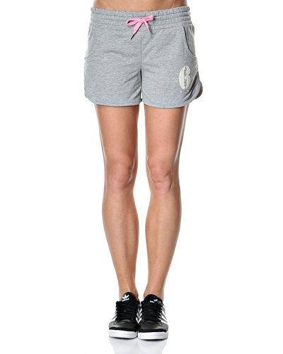 ONLY shorts till dam.