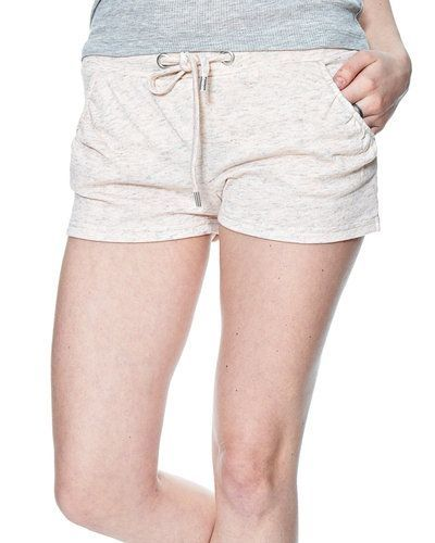 ONLY shorts ONLY shorts till dam.