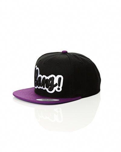 Panuu Panuu snapback cap. Huvudbonader håller hög kvalitet.