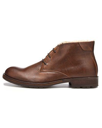 Till herr från Playboy Footwear, en brun vinterstövlel.