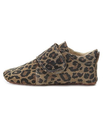 Till dam från POM POM, en flerfärgad sko.