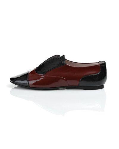 Röd sko från Pretty Ballerinas till dam.