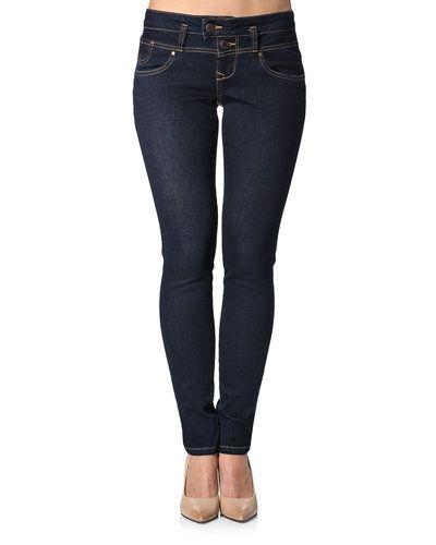 Till dam från PULZ, en blå blandade jeans.