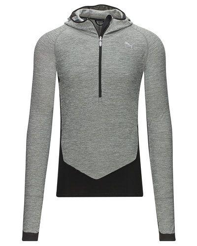 Till killar från Puma, en grå sweatshirts.