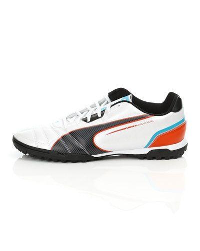 Puma Puma Universal TT Fotbollskor. Fotbollsskorna håller hög kvalitet.