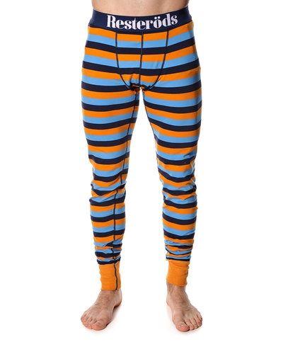 Till herr från Resteröds, en orange pyjamas.