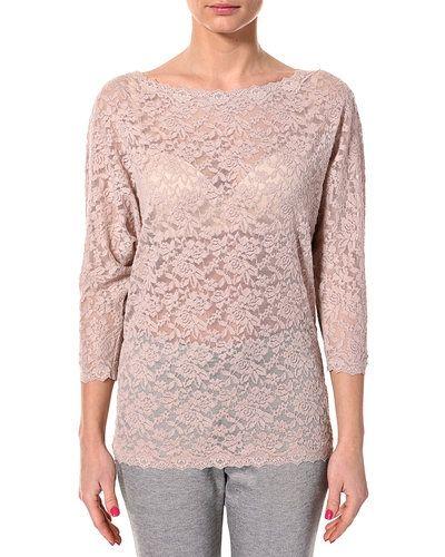 Till dam från Rosemunde, en rosa långärmad tröja.