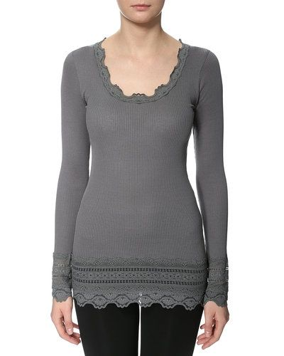 Rosemunde t-shirts till dam.