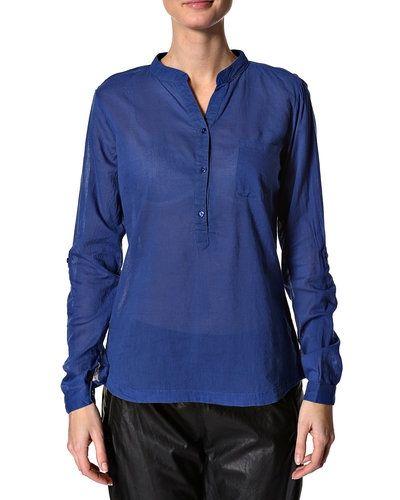 Saint Tropez blus Saint Tropez stickade tröja till dam.
