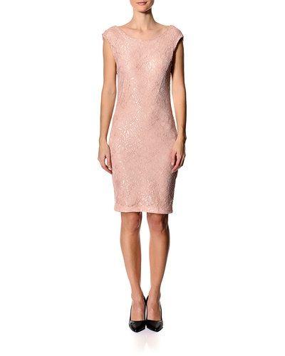 Rosa klänning från Saint Tropez till dam.