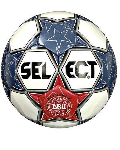 Select Select DBU fotboll. Fotbollstillbehörena håller hög kvalitet.