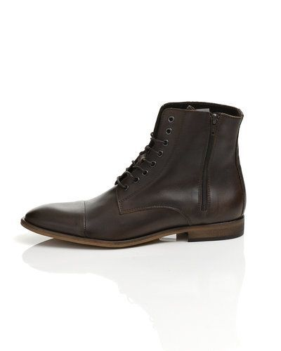 Selected Selected boot
