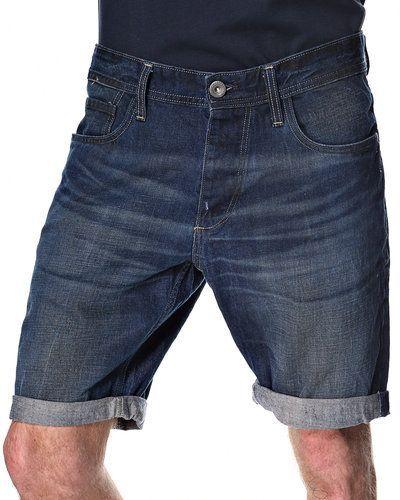 Till herr från Selected, en blå shorts.